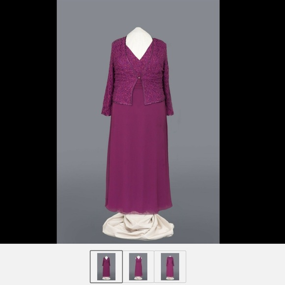 poly usa Dresses & Skirts - Maxi dress great for church to formal